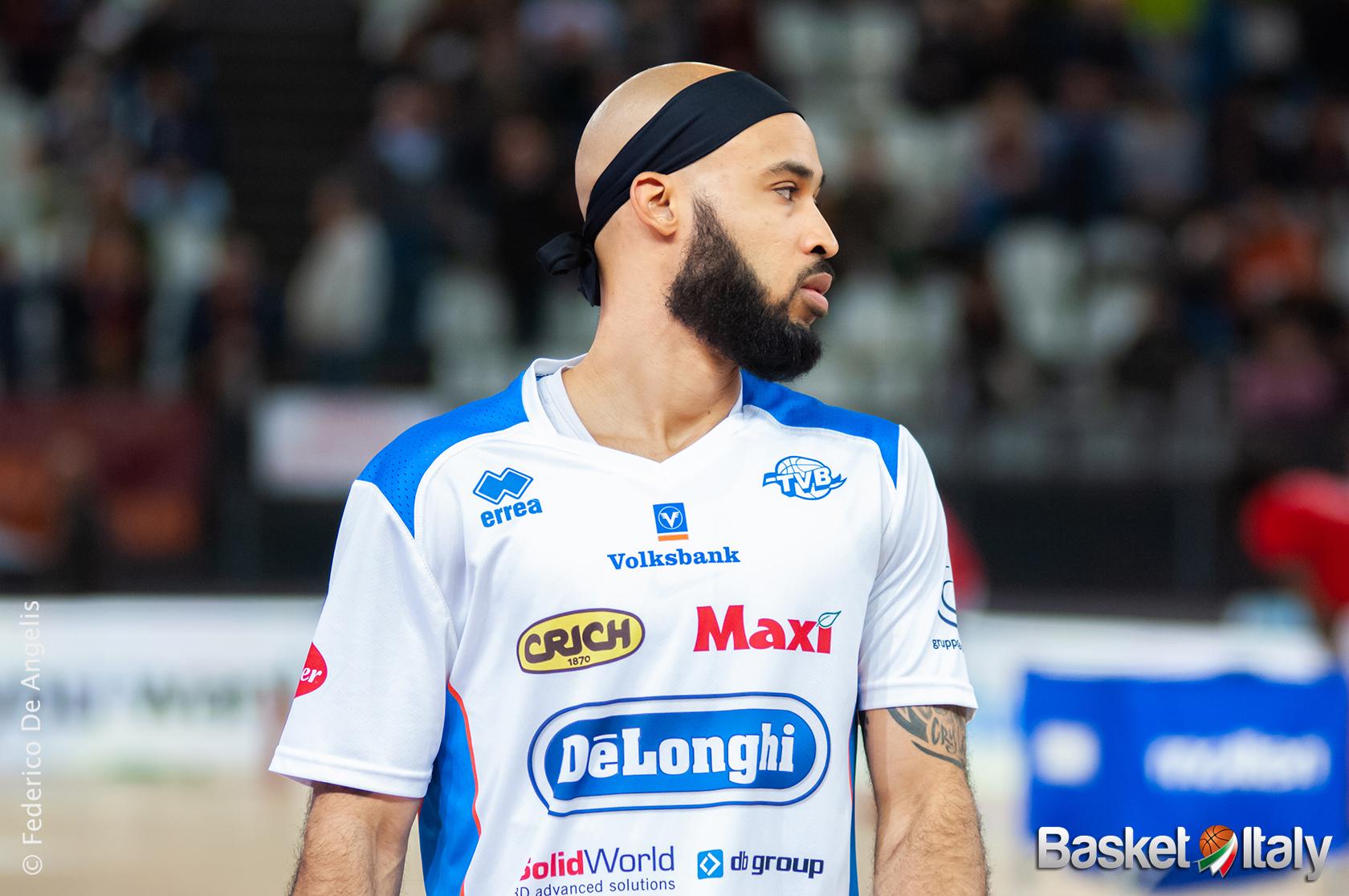 """""""Il solito"""" David Logan guida Treviso al successo sulla Vanoli Cremona"""