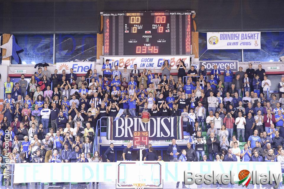 Apertura parziale PalaPentassuglia: 1000 posti disponibili per Brindisi-Roma
