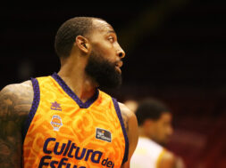 Derrick Williams, Siviglia, 2020-10-04