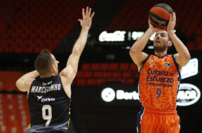 Sam Van Rossom, Valencia, 2020-11-22