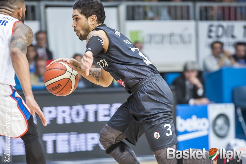 Euroleague. Una giovane ed incerottata Alba insegna pallacanestro all'esperto Fenerbahce