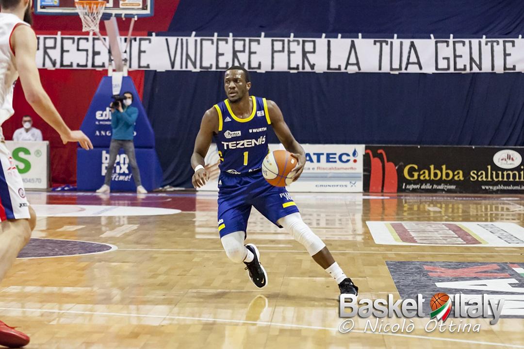 #SerieA2: Verona espugna meritatamente il Carnera, Udine in difficoltà
