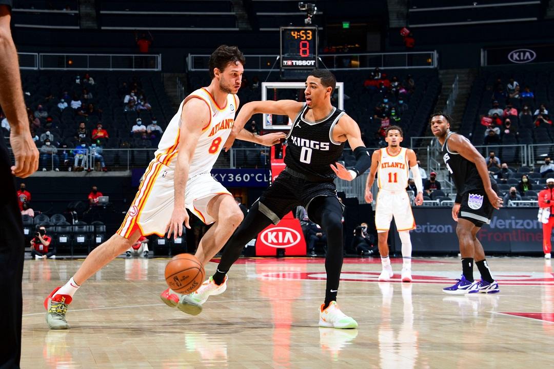 #NBA: Danilo Gallinari col buzzer-beater all'intervallo, e Atlanta non si ferma più